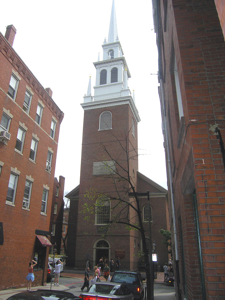 Image of the Old North Church on a cloudy day in Boston