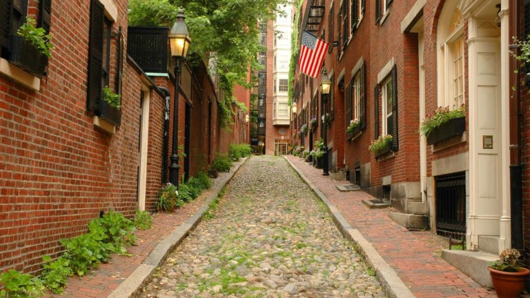 Featured image of Local's Guide To Boston