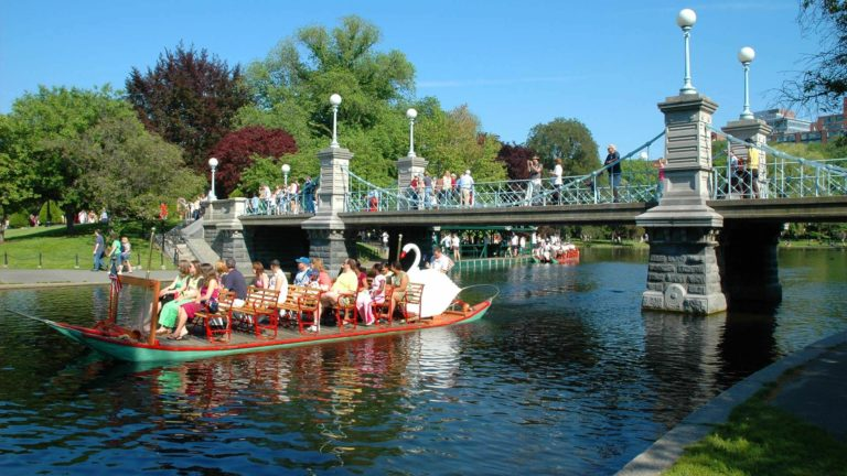 Featured image of Top Things to Do in Boston for First Time Visitors