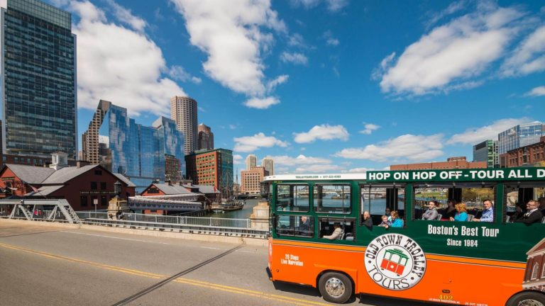 Featured image of Best Boston Tours For Your Next Family Vacation
