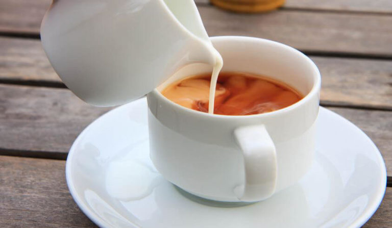 Featured image of When Do You Add Milk to Tea?
